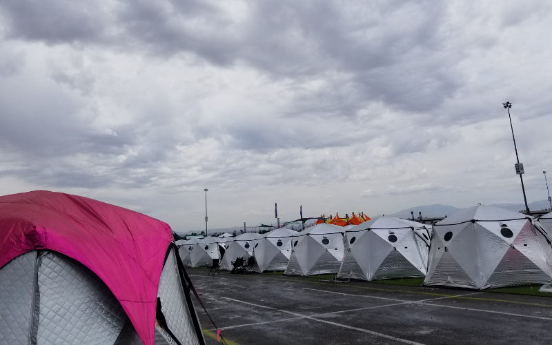 Camp EDC may have been new, but it was great! Check out the best parts of camping at EDC at momwhoraves.com. #CampEDC #EDC #rave #festival #festivalseason #festivalcamping