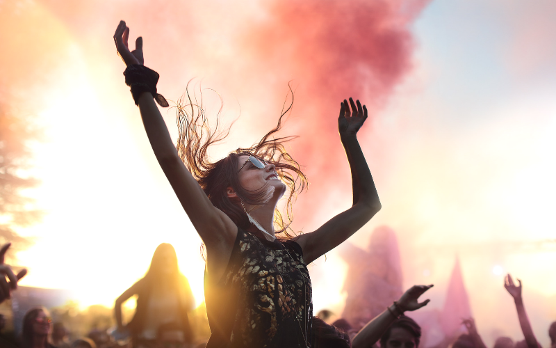 There is no reason to give up on raves after becoming pregnant. Enjoy your time and learn how to be safe at a rave here. #rave #edm #festivalseason #pregnant